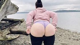 Mom Akin Her Heavy Ass On A Public Beach
