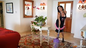 Milf Veronica Avluv is excited to fuck a good-looking fella