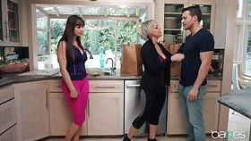 Threesome in the morning with Lexi Luna added to MILF Dee Williams